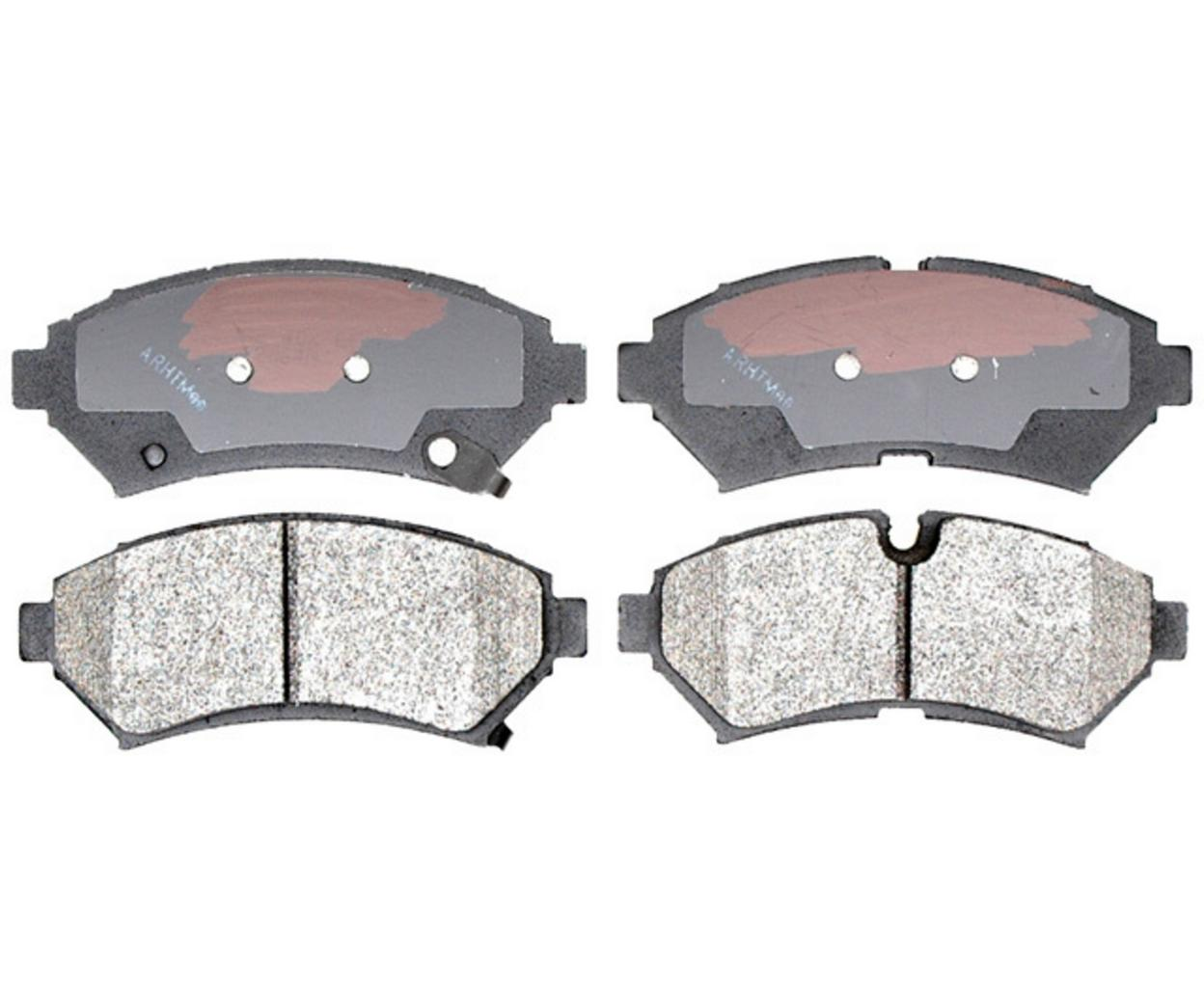 Ceramic Brake Pads with 2 Years Manufacturer Warranty Both Left and Right 2017 For Land Rover Range Rover Evoque Rear Set