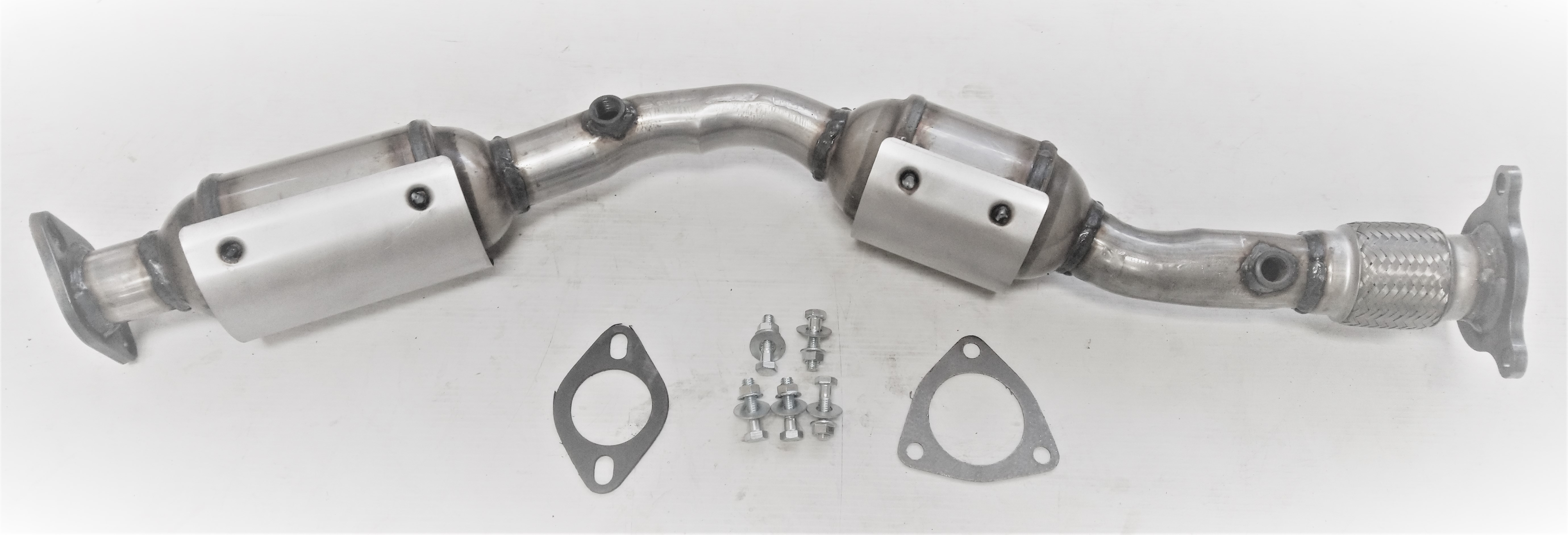 Fits 2005-2007 2008 2009 2010 Nissan Pathfinder Rear D//S Catalytic Converter