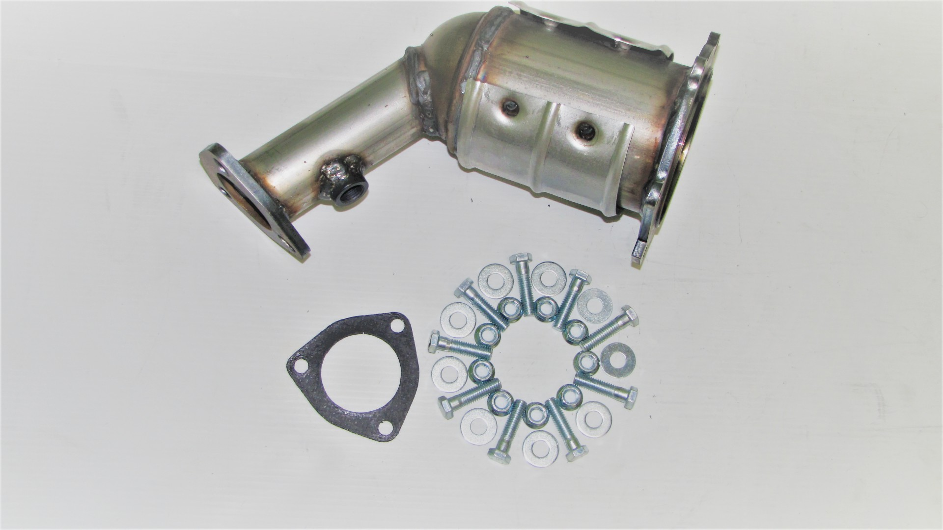 1997-2003 CHEVROLET Malibu 3.1L Direct Fit Catalytic Converter with Gaskets
